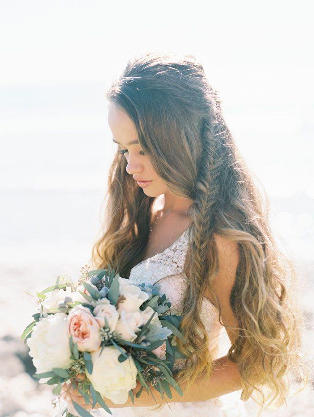 wendy-laurel-golden-seaside-bridal-inspiration-05