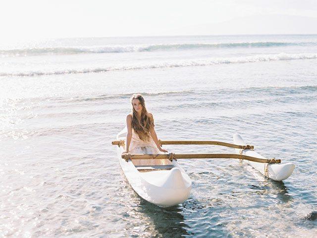 wendy-laurel-golden-seaside-bridal-inspiration-15