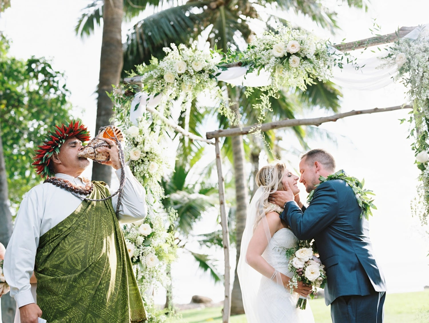 Blowing of the Pu Hawaiian tradition | Reasons to hire a destination wedding planner | Maui Wedding Planner | Maui's Angels