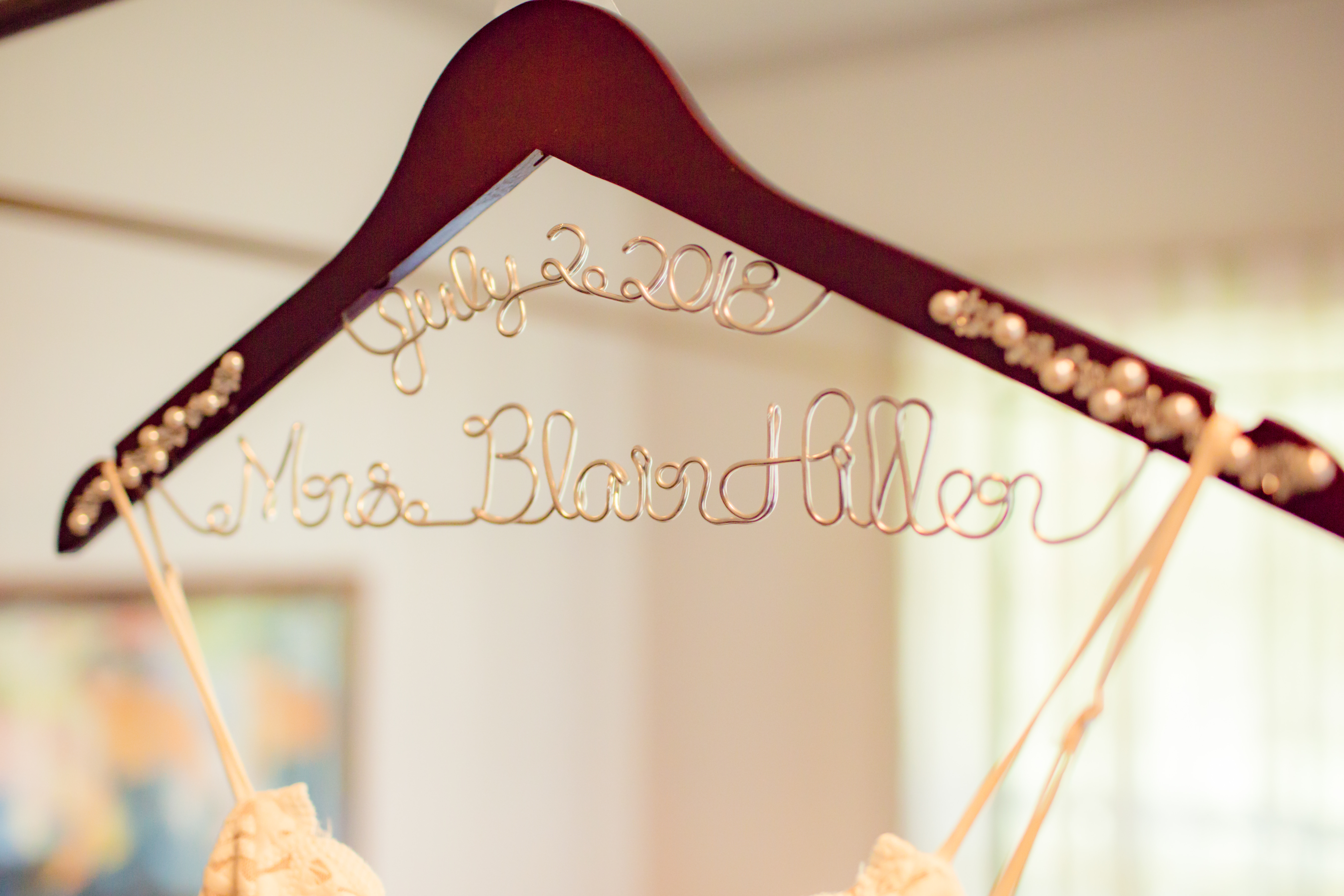 Wedding Gown Hanger | Destination Wedding in Maui | Maui Wedding Planner | Maui's Angels blog
