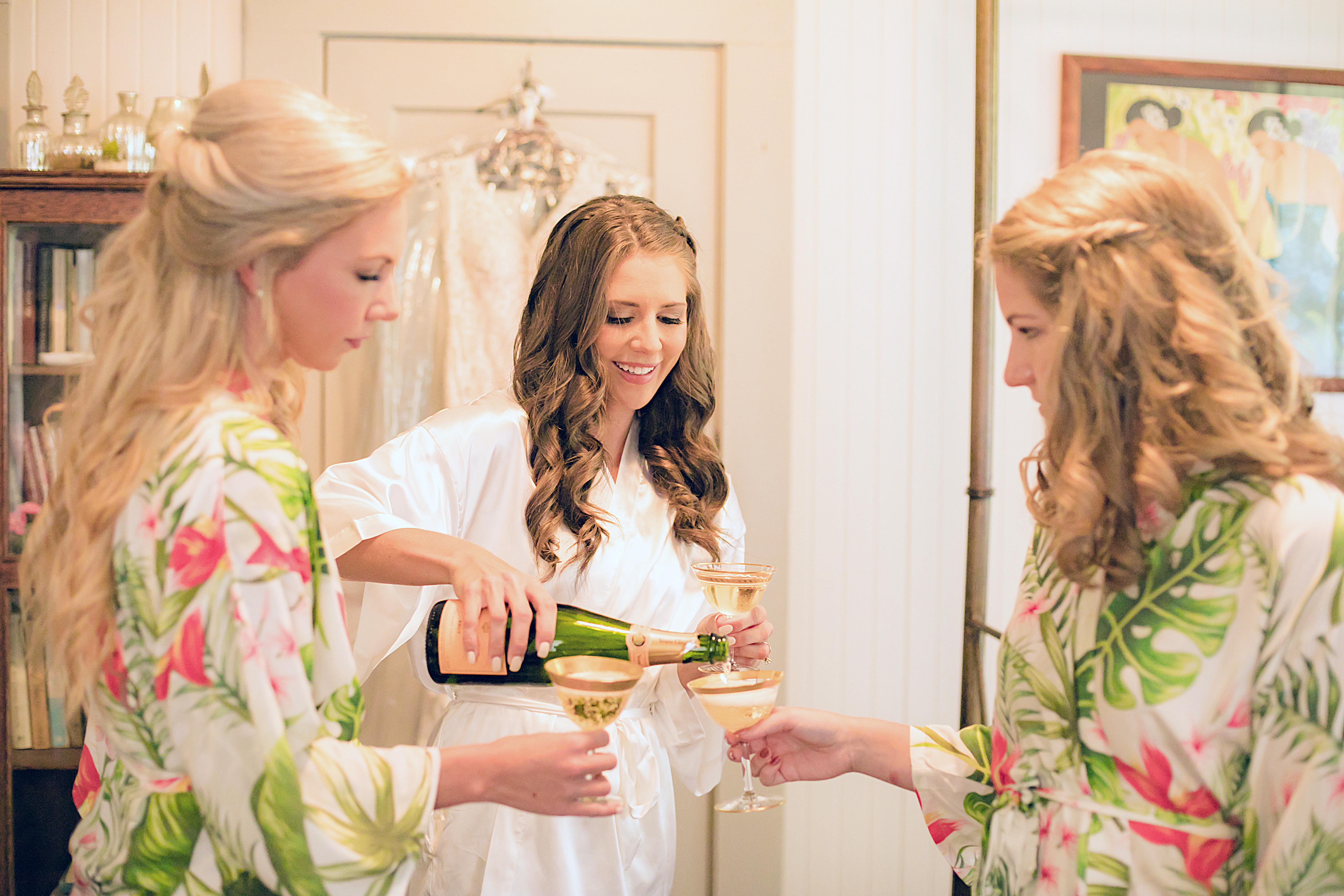 Getting ready details | Destination Wedding in Maui | Maui Wedding Planner | Maui's Angels blog