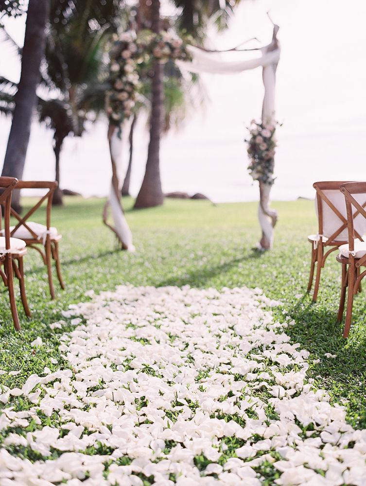 Romantic Maui Wedding Ceremony | Olowalu Plantation House | Maui Wedding Planner | Maui's Angels Blog